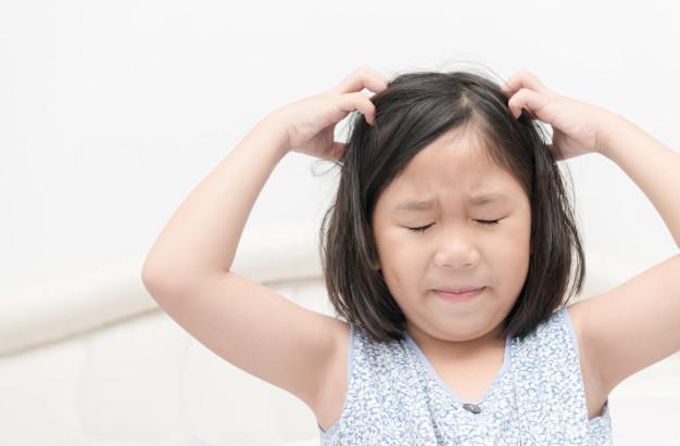 Der findes mange forskellige symptomer på lus - ikke kun kløe